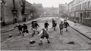 Campo de fútbol en la calle