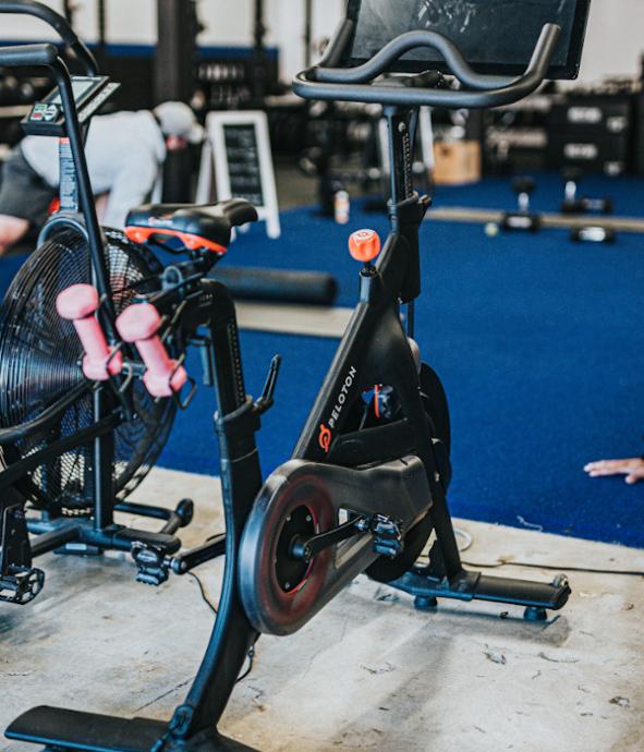 Bicicletas Estáticas Qué Son Cómo Elegir 7 Tipos Ejercicios Y Precios